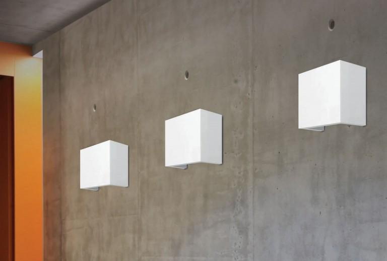 41667801 - Wall Light